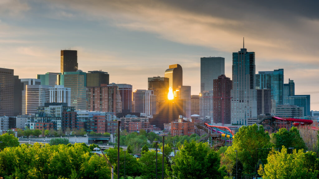 5 Reasons to Work with a Flat Fee Realtor in Denver